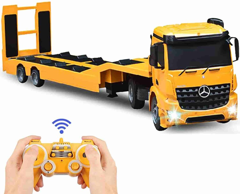 DOUBLE E Mercedes-Benz Licensed RC Tow Truck
